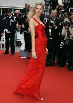 Beatrice Borromeo, Royal Brides, Royal Weddings, Top Models, Cannes, Monaco Royal Family, Carla Bruni, Italian Women, Claudia Schiffer