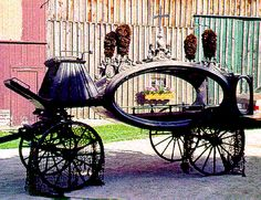horse-drawn hearse for sale | Unidentified Oval-Shaped Horse-Drawn Hearse