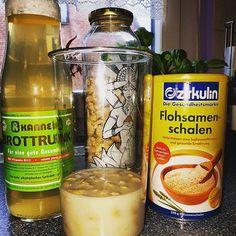 Was das wohl wird? In zwei drei Tage werde wir wissen ob es geklappt hat🙈😆. #veganeversuchskueche#vegan#homemade#vegankitchen#cashew#brottrunk#flohsamenschalen#experiment#food#veganfoodporn#veganfood#vegandeutschland@veganisation.de  Yummery - best recipes. Follow Us! #veganfoodporn
