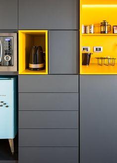 The Best Future Home Designs Yellow Kitchen Designs, Kitchen Room Design, Best Kitchen Designs, Modern Kitchen Design, Interior Design Kitchen, Kitchen Decor, Kitchen Modular, Modern Kitchen Cabinets, Kitchen Furniture