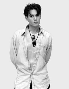Johnny Depp - Celebrity Portraits by Andy Gotts Young Johnny Depp, Johnny Depp Joven, Andy Gotts, John Depp, Johnny Depp Pictures, Kentucky, Streaming Hd, Celebrity Portraits, Celebrity Pix