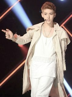 Kris and his new blonde hair:D