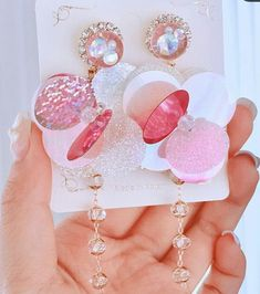 Tiffani Roolia Please don't reup Cute Jewelry, Jewelry Accessories, Earring Box, Teen Fashion Outfits, All About Fashion, Ring Necklace, Girly Things, Fashion Rings, Jewelery