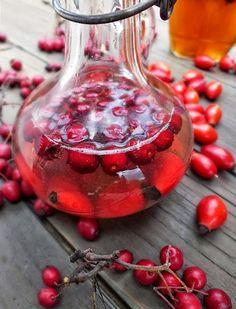 szeretetrehangoltan: Erősítő elixír: almaecet+méz+.... Diabetic Recipes, Diet Recipes, Natural Health Remedies, Edible Flowers, Health Tips, Spices, Herbs, Fruit, Drinks