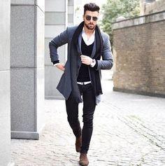 Creating the Men Minimalist Fashion Wardrobe Look Fashion, Winter Fashion, Mens Fashion, Guy Fashion, Fashion Photo, Street Fashion, Business Casual Outfits, Business Fashion, Mode Outfits