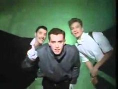 Frankie Goes To Hollywood - Relax (Don't Do It)  - 1984