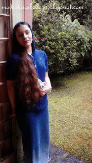 falda de mezclilla larga y sudadera azul para días lluviosos/denim long skirt for rainy days
