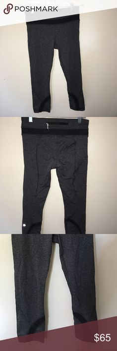 Gray & black lululemon athletica leggings! These leggings are super cute and fit like a glove! lululemon athletica Pants Leggings