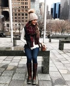37 Lovely Autumn Clothes With Scarves Ideas is part of Clothes Autumn Simple - Scarves are an affordable and versatile fashion accessory that can be worn in myriad ways for each season Scarves and […] Hot Fall Outfits, Fall Outfits For Teen Girls, Fall College Outfits, Fall Outfits For Work, Winter Outfits Women, Casual Outfits, Fall Fashion Trends, Autumn Fashion, Fall Trends
