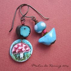 Earrings by Malin de Koning. www.beadingbymalindekoning.blogspot.se