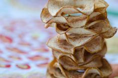Cinnamon Apple Chips <3   recipe on http://mauiflourchild.com/2012/06/26/cinnamon-apple-chips/#