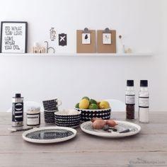 Dining Area, Kitchen Dining, Dinner Sets, Marimekko, Home Kitchens, Floating Shelves, Dinnerware, Home And Garden, Plates