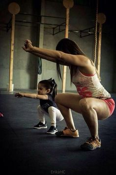 Mother and daughter warming up with some pause squats #CrossFit #family time #quality time
