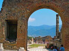 Tour of Pompeii