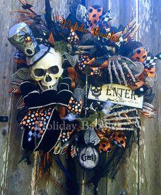 """26"""" Mr. Bones Wreath www.facebook.com/holidaybaubles2 #decomesh #mesh #wreaths… Halloween Mesh Wreaths, Halloween Trees, Halloween Projects, Diy Halloween Decorations, Deco Mesh Wreaths, Holidays Halloween, Holiday Wreaths, Scary Halloween, Happy Halloween"""