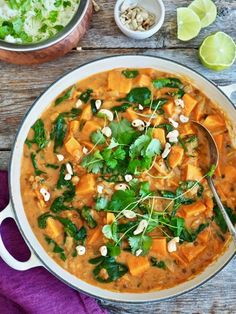 Alt-i-ett meksikansk gryte - Mat På Bordet Veggie Recipes, Vegetarian Recipes, Healthy Recipes, Comfort Food, Dinner Dishes, Vegan Dinners, Soul Food, Food Inspiration, Food To Make