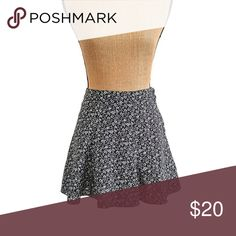 "H&M Floral Skater Skirt Cute skater skirt by H&M, un-lined, black background and white floral print, side button and zipper closure, slightly stretchy. 99% polyester, 1% elastane. like-new Waist: 26 7/8"" Length: 15.5""  ¤ All REASONABLE offers accepted ¤ Save the most with bundles ¤ No trade ¤ Please follow me on instagram. @lucybrucey H&M Skirts Circle & Skater"