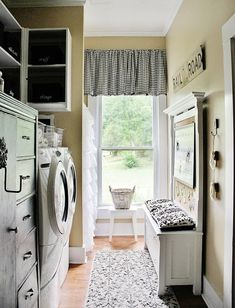 I'd love doing wash if I had this Laundry Room!