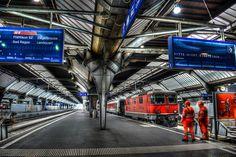 Zürich Hauptbahnhof - Zurich Switzerland