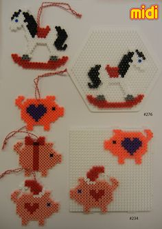 Inspiration for playing with Hama Beads Perler Bead Designs, Hama Beads Design, Diy Perler Beads, Fuse Bead Patterns, Perler Patterns, Beading Patterns, Christmas Perler Beads, Beaded Christmas Ornaments, Christmas Bows