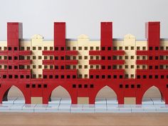 Harald built a nice version of Karl Marx-Hof, a large apartment complex in Vienna, Austria. The model makes great use of headlight bricks as windows, which com