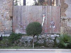 Geniales obras de arte mezcladas con el entorno