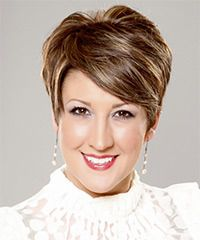 Salon Hairstyle: Formal Short Straight Hairstyle Images