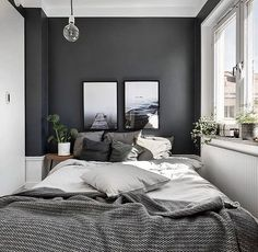 Small Master Bedroom Design with Elegant Style - MagzHome - Home bedroom - Bedding Master Bedroom Gray Bedroom Walls, Small Master Bedroom, Master Bedroom Design, Dream Bedroom, Home Decor Bedroom, Modern Bedroom, Small Bedrooms, Master Bedrooms, Grey Bedrooms