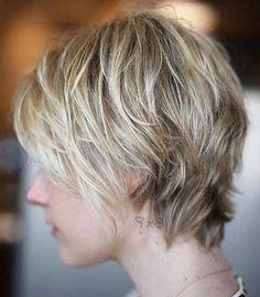 20 Celebrity Short Hairstyles for Fine Hair in 2019 - Wass Sell - Frauen Haar Modelle Prom Hairstyles For Short Hair, Short Pixie Haircuts, Hairstyles Haircuts, Short Hair Cuts, Pixie Cuts, Edgy Pixie, Latest Haircuts, Teenage Hairstyles, Modern Short Hairstyles