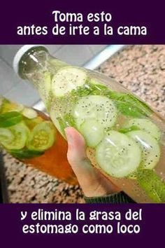 bebida que combina el perejil y pepino. Ingredientes: + 1/3 de taza de agua + 1 trozo de raíz de jengibre + Un pepino + Un manojo de perejil + Medio limón #adelgazar #quemargrasa #bebida