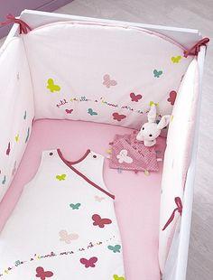 tour de lit velours brod b b fille kiabi 24 99 baby room pinterest bebe and tour de lit. Black Bedroom Furniture Sets. Home Design Ideas