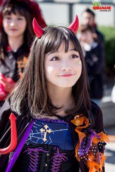 — Pinterest: minshitae ੭ु Cute Cosplay, Cosplay Outfits, Kawaii Cute, Kawaii Girl, Sweet Girls, Cute Girls, Cute Cafe, Beautiful Japanese Girl, Japan Girl