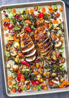 Healthy dinner recipes you can make in 30 minutes or less! Easy clean eating recipes for families to enjoy! Perfect to add to your weekly meal plan for weight loss these clean eating recipes are quick & delicious! From one pot chicken to low carb fish and Clean Eating Recipes For Dinner, Easy Dinner Recipes, Easy Meals, Dinner Ideas, Dinner Healthy, Dessert Recipes, Sheet Pan Suppers, Cooking Recipes, Healthy Recipes