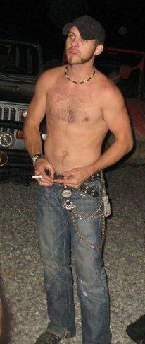 Brantley Gilbert shirtless. Not a fan of the cigarette but I still love him none the less