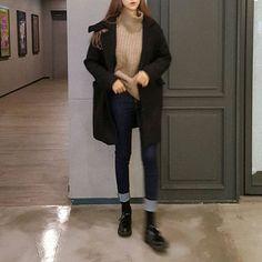 asian, korean girl, and casual image - Asian Winter Fashion Korean Fashion Kpop, Korean Fashion Trends, Korean Street Fashion, Ulzzang Fashion, Korean Outfits, Asian Fashion, Trendy Fashion, Fashion Mode, Korea Fashion