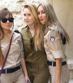 The Stunningly Beautiful Women Of The IDF Army Girl Halloween Costume, Stunningly Beautiful, Beautiful Women, Israeli Female Soldiers, Idf Women, Army Uniform, Military Women, Girls Uniforms, Professional Women