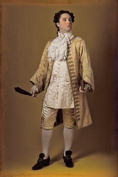 Habit à la française XVIII° siècle - XVIIIth century courtier suit www.vertugadins.com photographe : www.unjourdansletemps.com