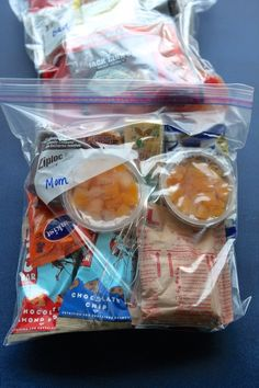 To help plan your best emergency food kit, we look into some of the best survival food and long term food storage to help you make through any emergency. Emergency Preparedness Food, Hurricane Preparedness, Emergency Food Storage, Emergency Supplies, Survival Prepping, Survival Supplies, Survival Skills, Survival Gear, Wilderness Survival