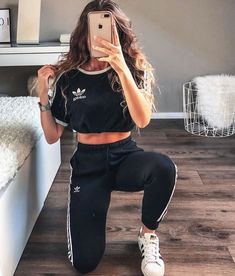 Sport clothes for teens schools cute outfits 48 ideas for 2019 Sport Outfits clothes Cute Ideas outfits schools Sport teens Teen Fashion Outfits, Trendy Outfits, Girl Outfits, Cute Casual Outfits For Teens, Cute Sporty Outfits, Dance Outfits, Fashion Ideas, Mode Adidas, Jugend Mode Outfits