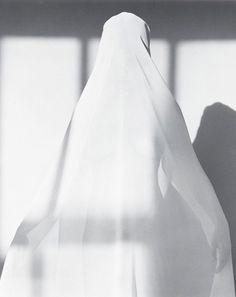 Robert Mapplethorpe - Portrait of Lisa Lyon, 1982