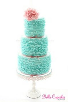 Ruffled ruffles wedding cake! Shabby chic, retro pink white turquoise! Aqua blue tiffany