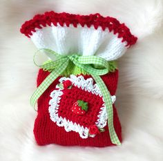 Baby Shoes, Etsy, Kids, Wrapping, Gift Wrapping, Little Gifts, Appliques, Sachets, Threading