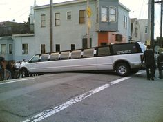 Talk about a bad day at work. YOU HAD ONE JOB LIMO DRIVER!!!!!