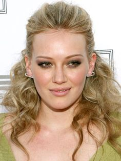 Google Image Result for http://wwwcdn.dailymakeover.com/wp-content/uploads/hairstyles/Hilary_Duff%2BMay_06_2009.jpg