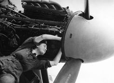 2 août 1945 G. Batchelor and her engine