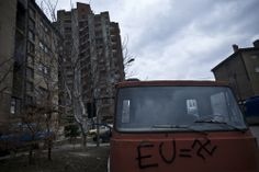 """Block sets the boundaries of the district of """"Little bosnia"""""""