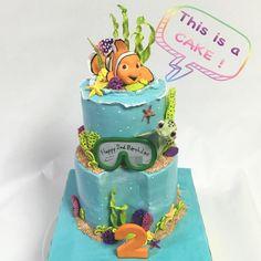 お母さんがデザイン(水中をイメージ)した2歳のお誕生日ケーキ💕 #オーダーメイドケーキ #誕生日ケーキ #2段ケーキ #水中 #お母さん #2歳 #誕生日 #ニモ #砂糖フィギュア #nimo #fondantcake #fondantfigure #sugarfigure #cakedecorating #cake #オーダーケーキ