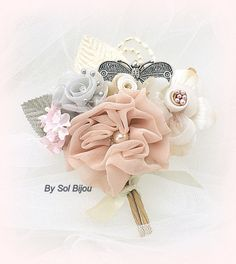 Brooch Groom Boutonniere- Boutonniere with Brooch, pearls and Handmade Flowers in Silver, Blush, Ivory and Grey- Butterfly