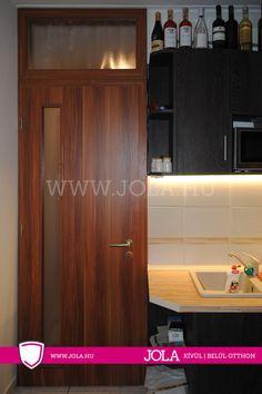 Budaörs függőleges cpl  üveges beltéri ajtó