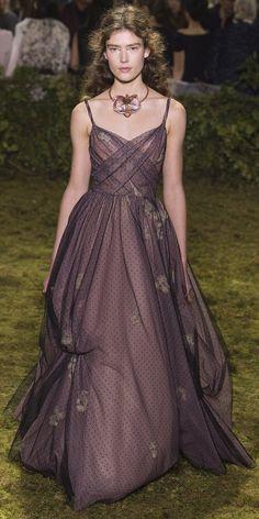 Desfile Dior AltaCostura Vero 2017 O Conto de Fadas Contado por Maria Grazia Chiuri Destaques Fragmentos de Moda